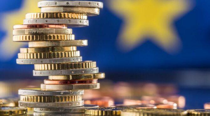 Yunanistan'da 11.5 milyar euroluk borç krizi: Kemerler daha da sıkılacak