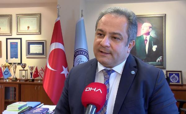 Sosyal medyada yapılan 'maskeyi çıkarıyoruz' paylaşımlarına Bilim Kurulu üyesi Prof. Dr. Mustafa Necmi İlhan'dan tepki
