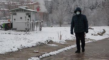 Kar yağışı Bursada etkili oldu