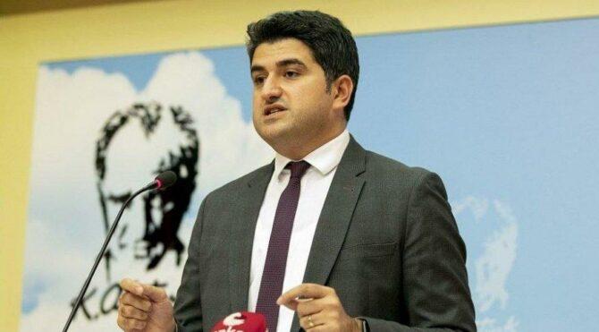 CHP'li Adıgüzel: 8,5 milyon öğrenci dersleri cep telefonundan takip etti