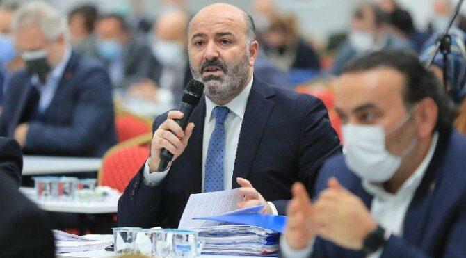 AKP'li meclis üyesine göre işsizliğin nedeni CHP'li belediyeler