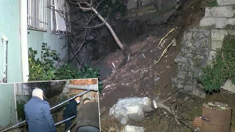 Eyüpsultan'da iki bina arasındaki istinat duvarı çöktü