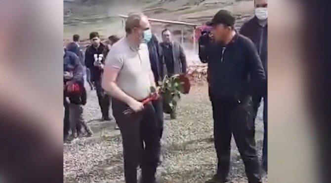Paşinyan'a soğuk duş: Mezarlıktan kovuldu