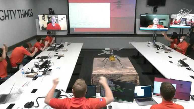 Son dakika haberi... Ingenuity: NASA Marsta ilk defa helikopter uçurdu