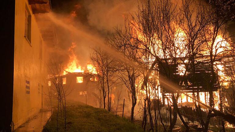 Kastamonu'da korkunç yangın Can kayıpları var...