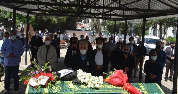 Gazeteci Selahattin Duman, Bodrum'da son yolculuğuna uğurlandı