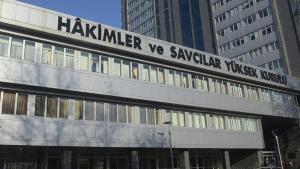 HSK aday adaylarının isimleri komisyon masasında | SON TV