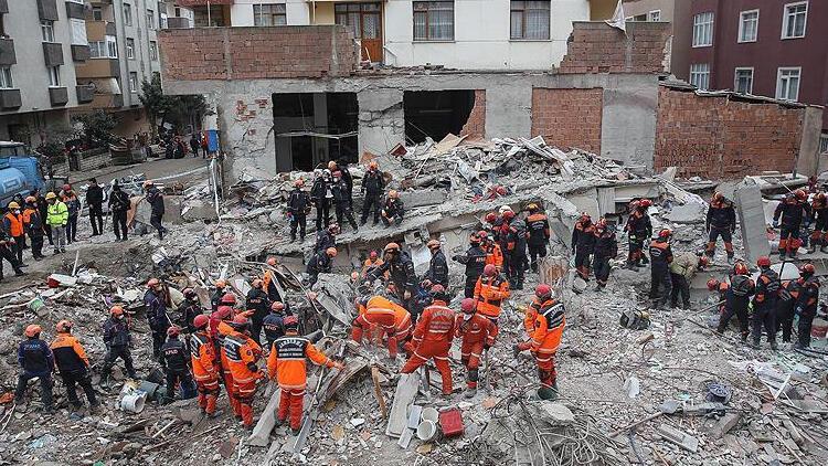 Kartal'daki çöken bina davasında bilirkişi raporu alınacak
