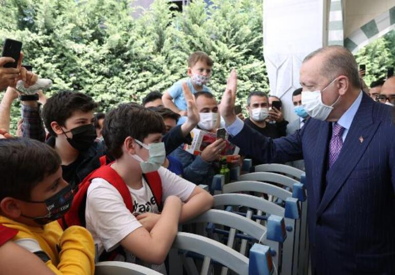 Son dakika haber... Cumhurbaşkanı Erdoğandan koronavirüs aşısı açıklaması: İlimde kıskançlık olmaz