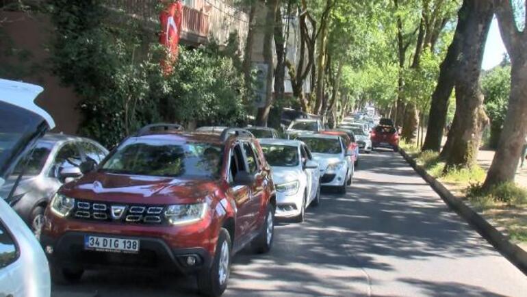 İstanbullular Belgrad Ormanına akın etti Dikkat çeken kalabalık