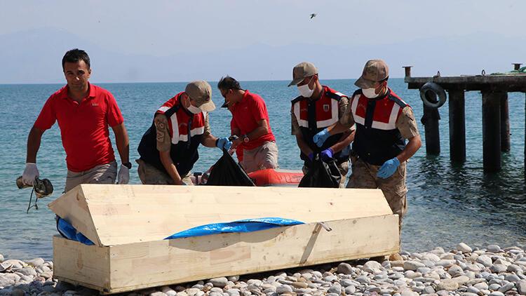 Van'da 61 kaçak göçmenin öldüğü tekne faciasında 5 tahliye