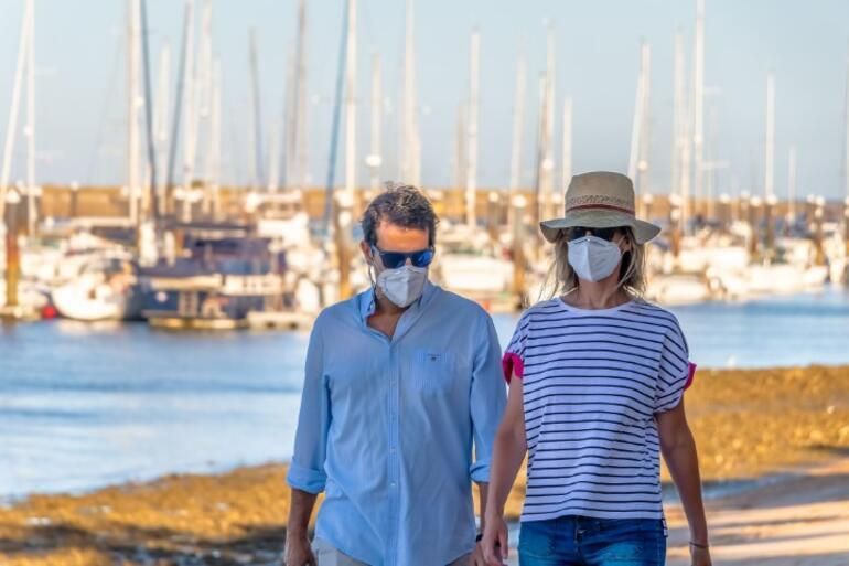 1 SORU 5 UZMAN | Açık havada maske hâlâ gerekli mi
