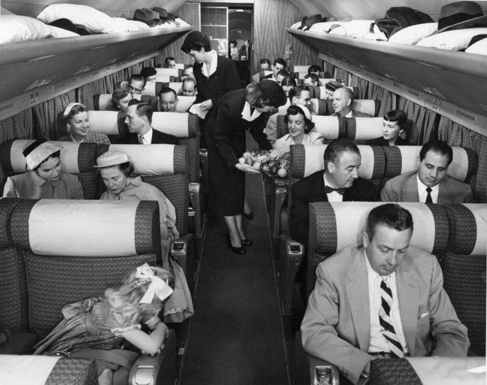 DC 7 KABIN ICI