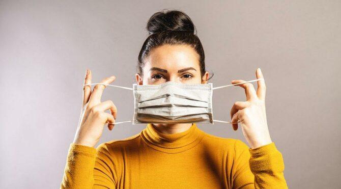 İtalya'dan maske kararı: Açık alanda zorunluk kalkıyor