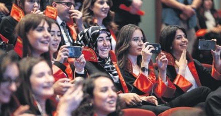 Kadın savcı sayısı 19 yılda 10 kat arttı | SON TV