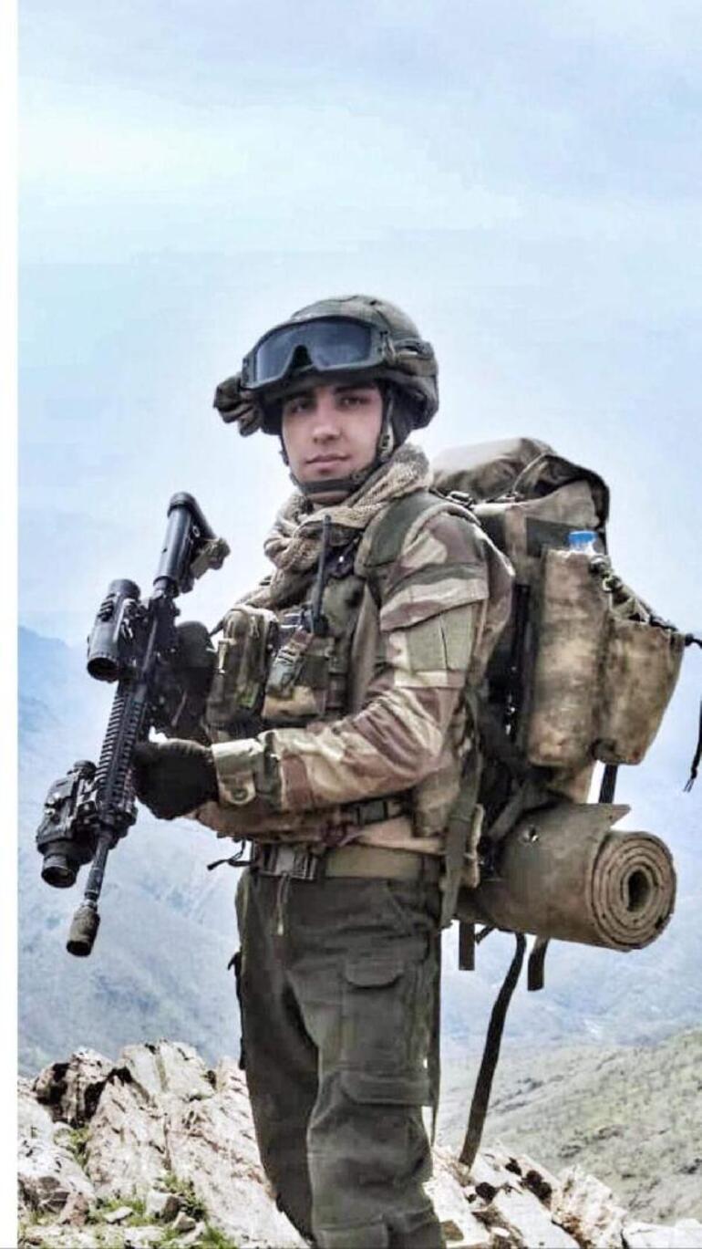 Şehit uzman çavuş Sergen Güçlüer son yolculuğa uğurlandı... Duygulandıran fotoğraf