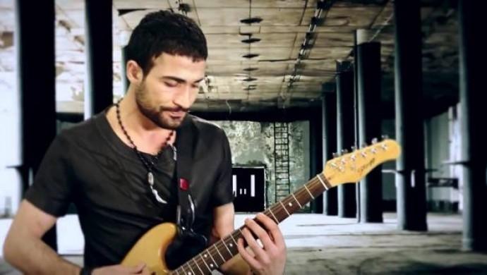 Tutuklu sanatçı Erkan Benli'den mektup