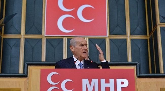 CHP Bize Parmak Sallayamaz, İstikamet Çizemez, Dikte Edemez, Tavsiye ve Tembihte Bulunamaz.
