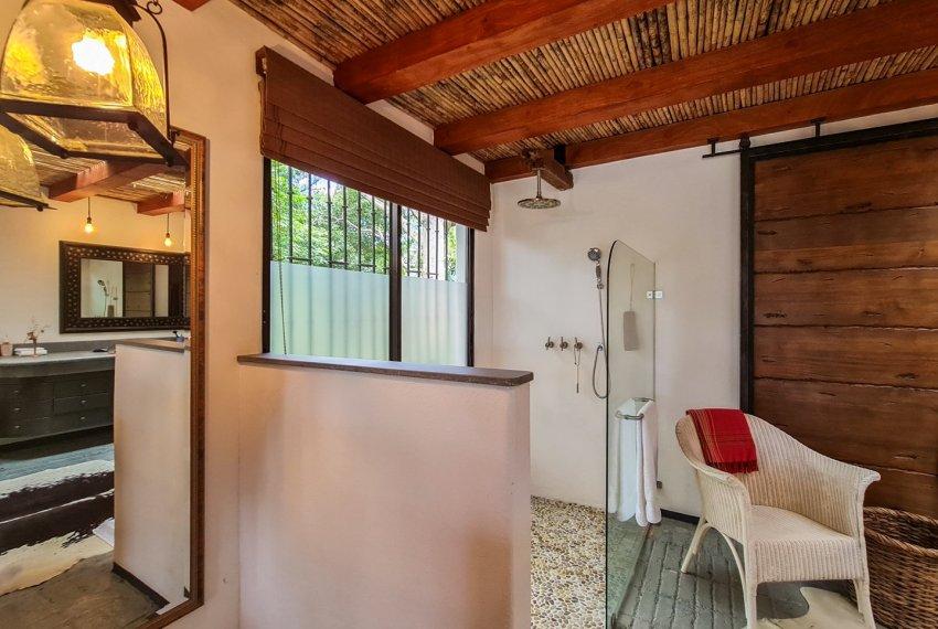 Casa independiente lujo en Escazu (19)