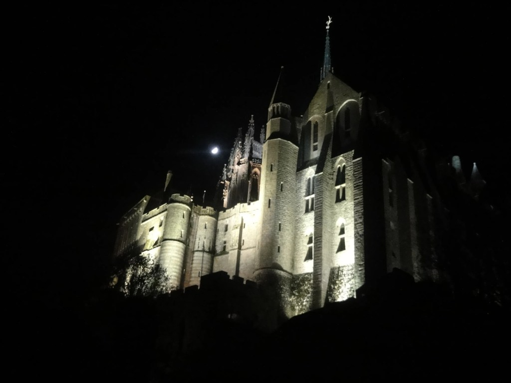 msm abbey at night