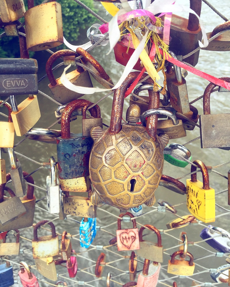 Love locks on the Hauptbruecke.
