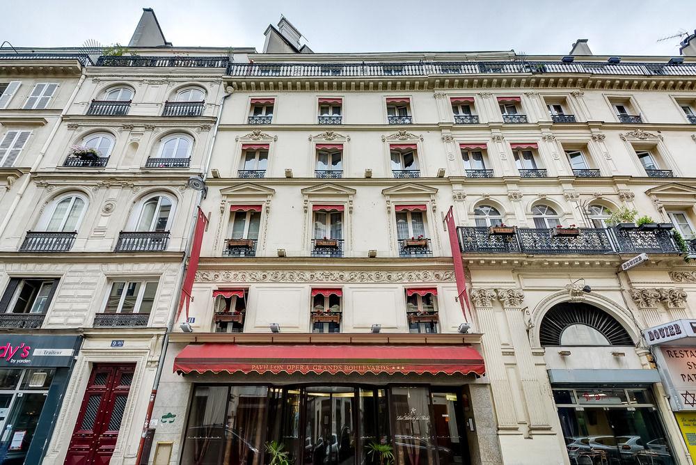 Habitually Chic Hotel Des Grands Boulevards In Paris