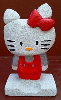 sculpture béton cellulaire Hello Kitty 1