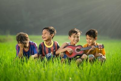 apprendre la guitare bienfaits