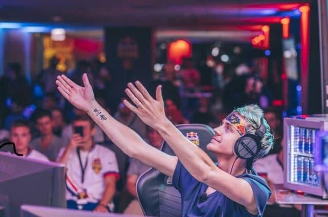 ninja es top 1 de twitch con fortnite