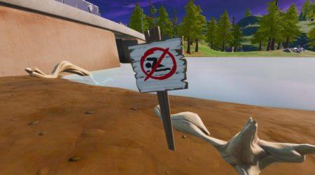 Fortnite: Nadar en Señales de Prohibido Nadar – Bola 8 vs Bola Blanca