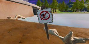 Nada en Señales de Prohibido Nadar - Fortnite