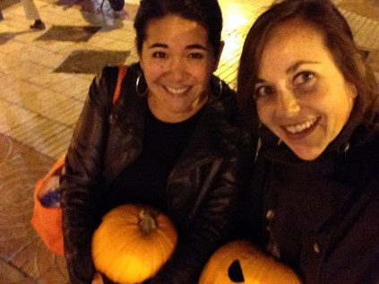 If you want to get some stares in Spain, just carry around some pumpkins in October.