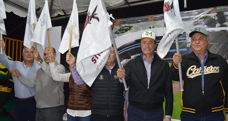 Lic. Quirino Ordaz Coppel, dio el banderazo de inicio de las obras de modernización del Estadio Emilio Ibarra Almada