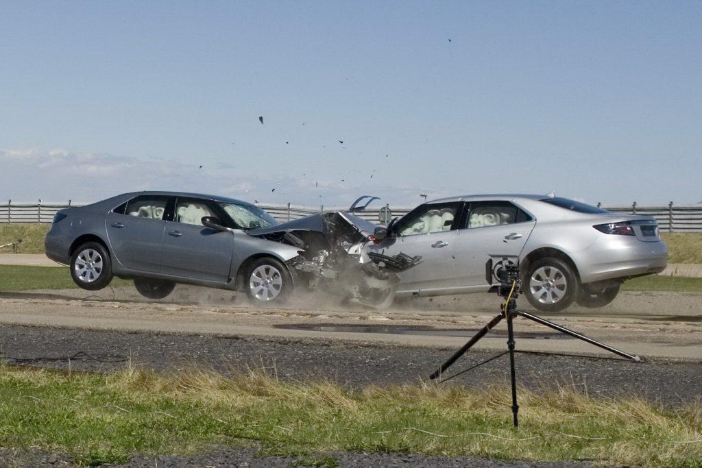 Saab_crash Saab_9_5