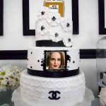 Fotomontaje con pastel de Cumpleaños para una mujer