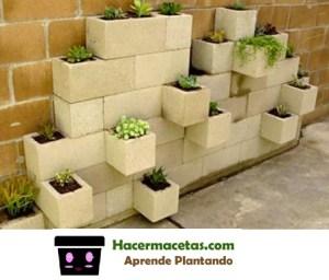 maceteros y macetas hechas con bloques de cemento
