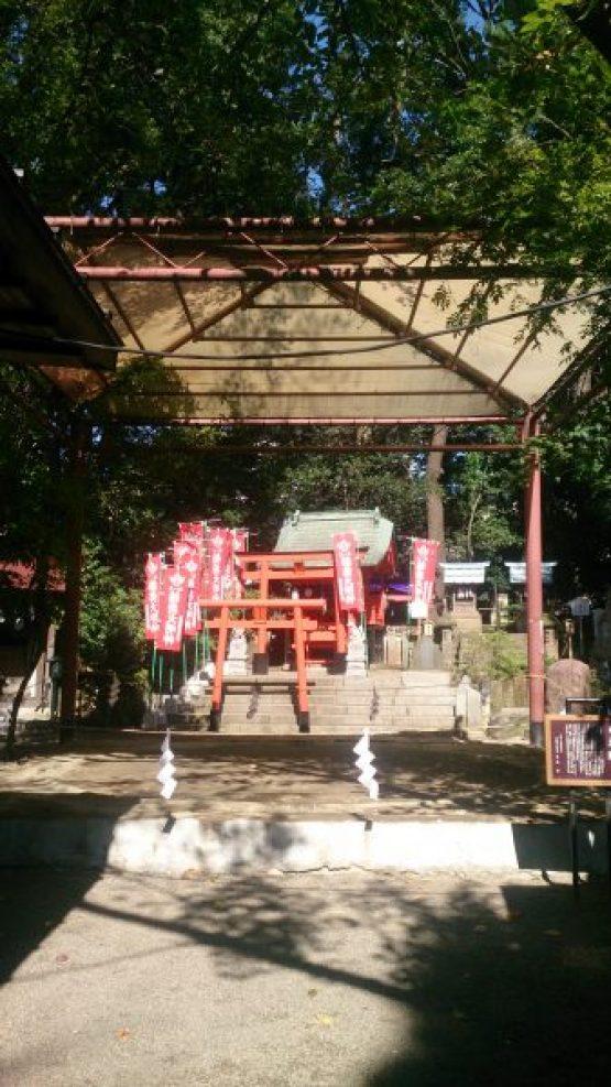 田無神社にある大鵬記念の土俵