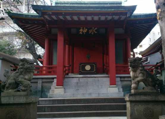 神田明神の境内にある魚河岸水神社