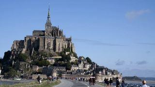 卒業旅行で一番人気のフランスにあるモン・サン・ミッシェル