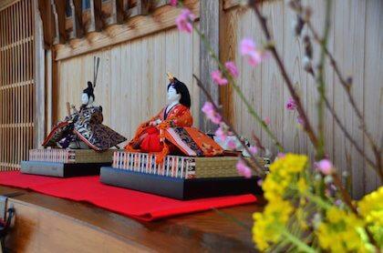 ひな祭りに飾る女の子を守る雛人形
