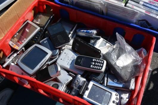 Cellphone bin