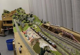 Train layout3