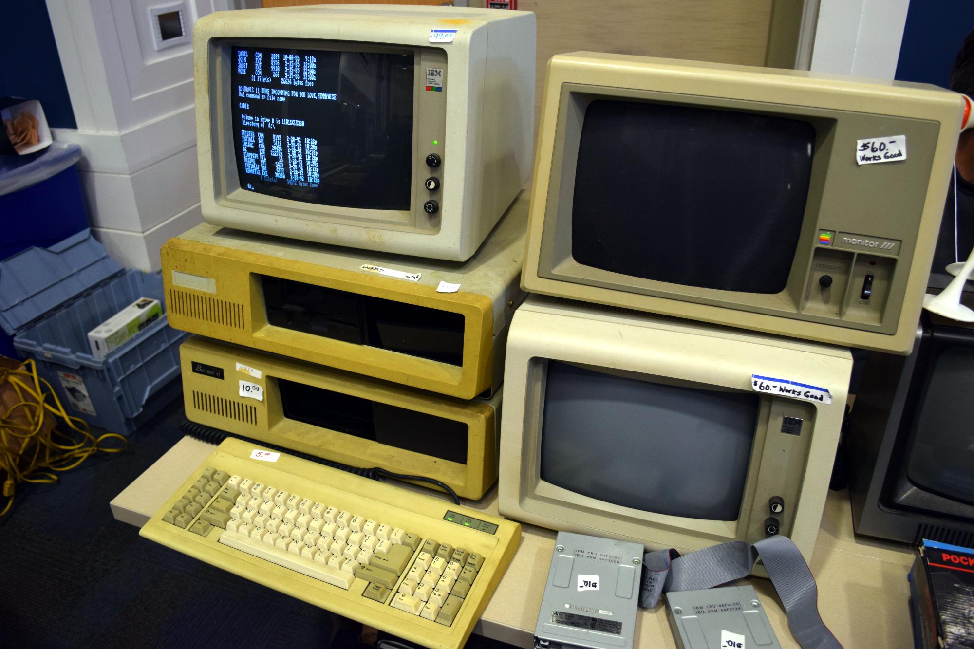 Hackaday Visits World's Oldest Computer Festival: TCF 43