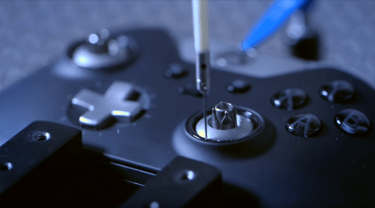 Still From Xbox One Elite Controller Promo (2015)
