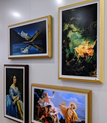 New booth sells LCD displays for art. They look so good it was hard to believe they weren't paintings