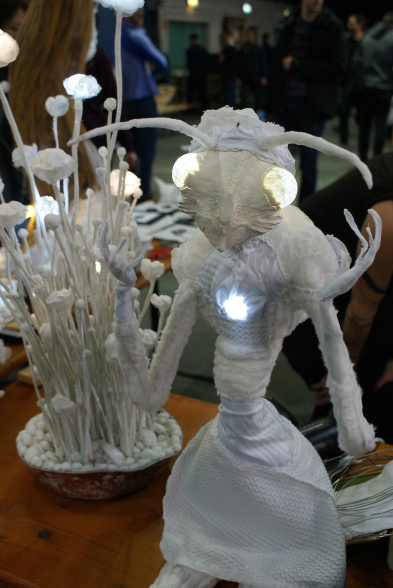 Glowy Styrofoam Diffusers: spacelights.cz