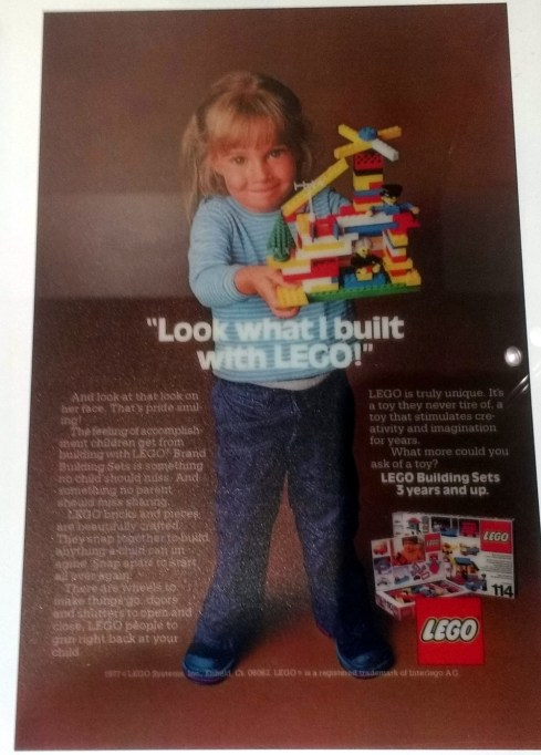 This 1960s advert captures the creativity of the kit of lego parts so well.