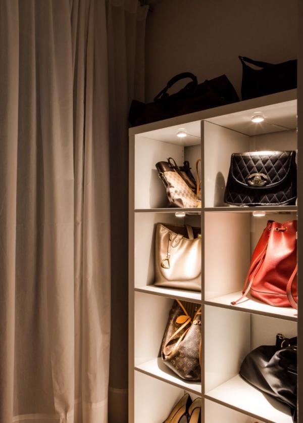 Ikea Kallax Handbag Display Hack