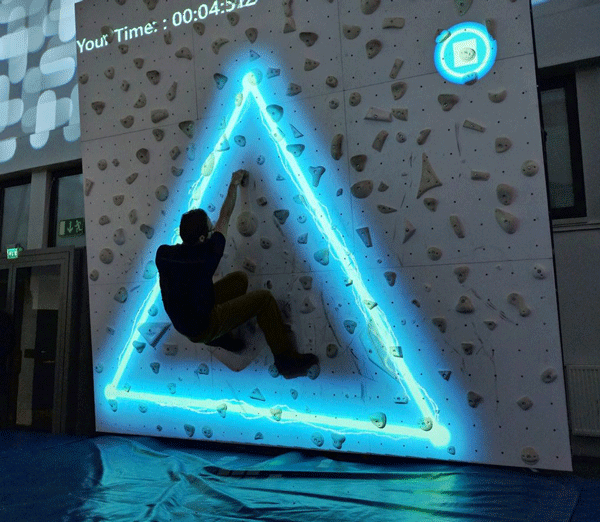 Augmented Climbing Wall Sparksプレイイメージ