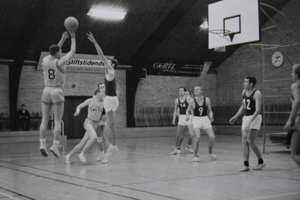 Corpia-Falcon 1967